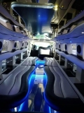hummer-limousine-interni-1